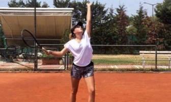 Liza Ulanova John Champe Tennis