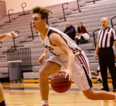 Boys Basketball: Heritage Rolls Past Park View in Dulles District Clash