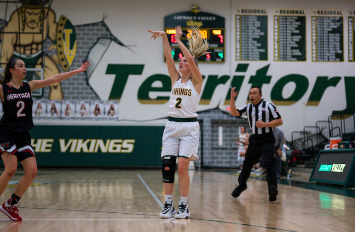 Sarah Thompson Loudoun Valley Basketball