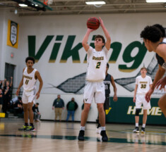 Boys Basketball: Loudoun Valley Holds Off Dominion in Dulles District Semifinal