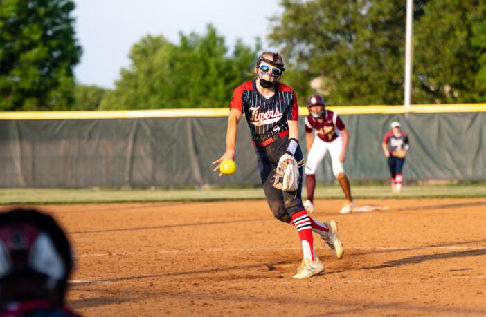 Lauren Santoni Independence Softball